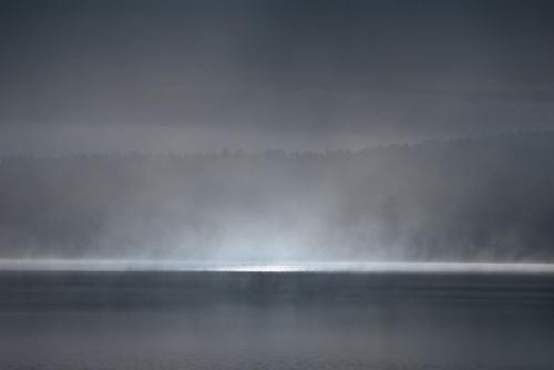 A00_3855-sun-and-mist-fog-maridalsvannet-norway